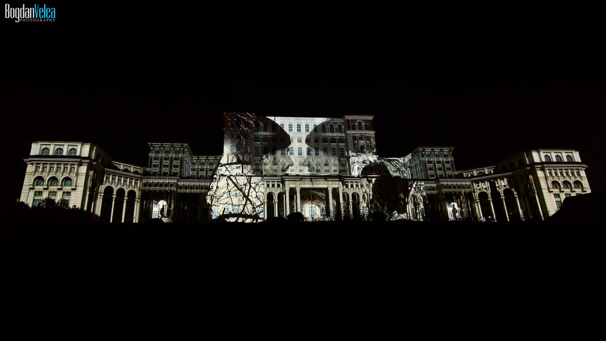 imapp-bucharest-2016-video-mapping-palatul-parlamentului-098
