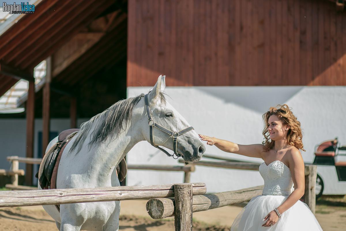 sedinta-foto-trash-the-dress-cristina-si-andrei-35