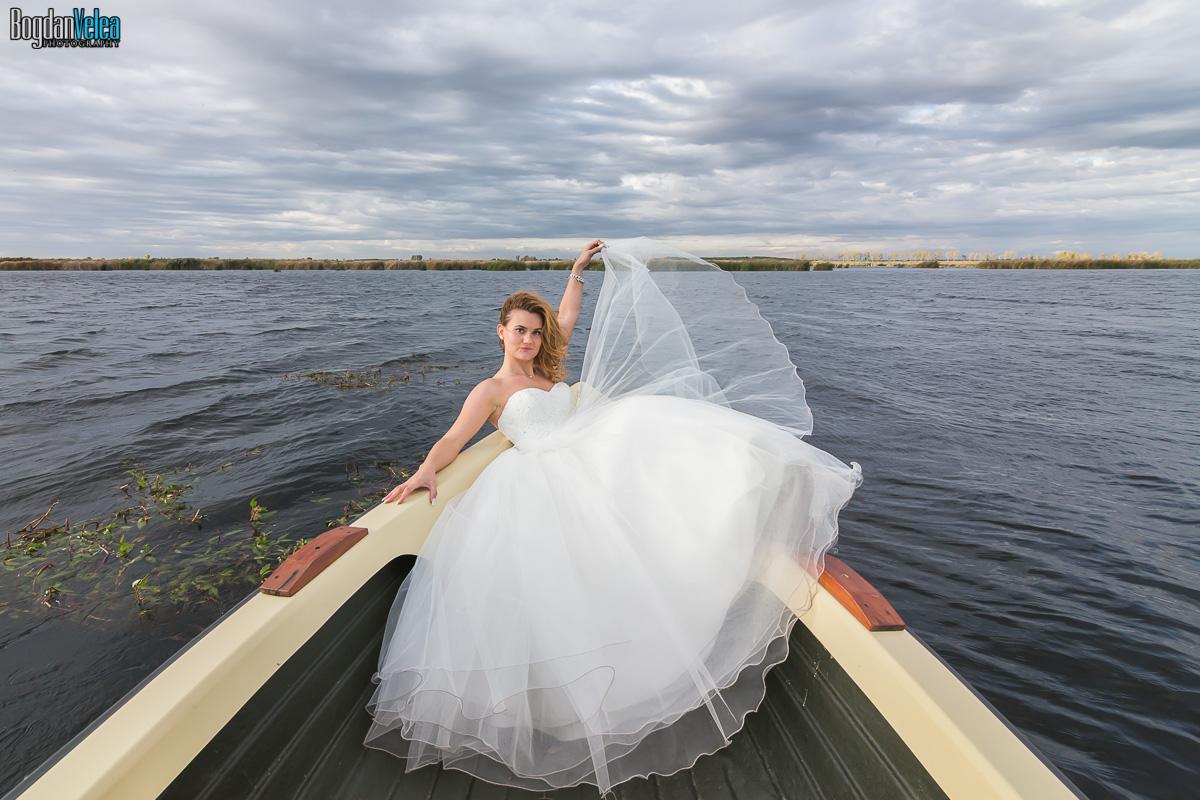 sedinta-foto-trash-the-dress-cristina-si-andrei-57