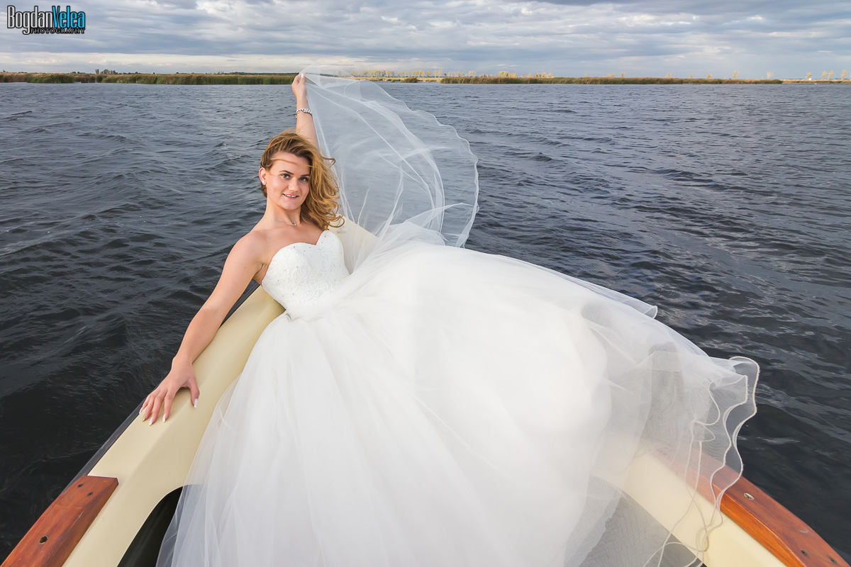 sedinta-foto-trash-the-dress-cristina-si-andrei-58